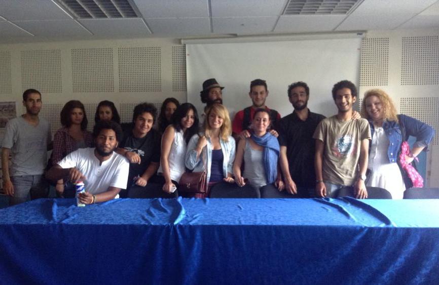 Účastníci tiskové konference z řad (převážně) CEMM.