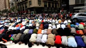 t1larg.muslim.prayer